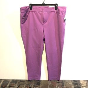 NWT Old Navy Pixie Ankle Pants Light Purple Color